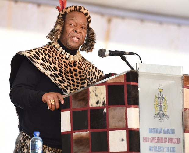 His Majesty King Goodwill Zwelithini kaBhekuzulu delivers a keynote address at the 2014 National Day Of Reconciliation Celebrations at Ncome Museum, KwaZulu Natal, 16/12/2014. Siyasanga Mbambani/DoC.
